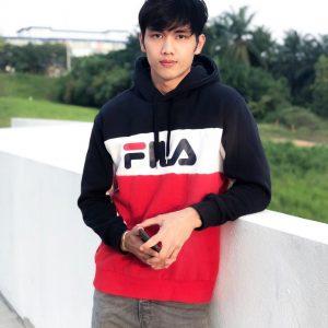 Pelakon Adam Lee Yang Handsome