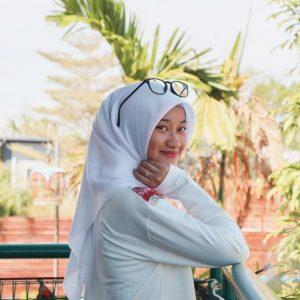 Image Of Dalia Farhana