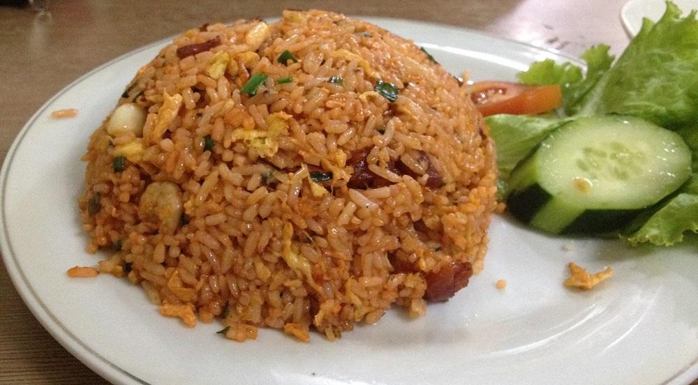 Nasi Goreng Biasa (Simple Dan Mudah Dimasak)