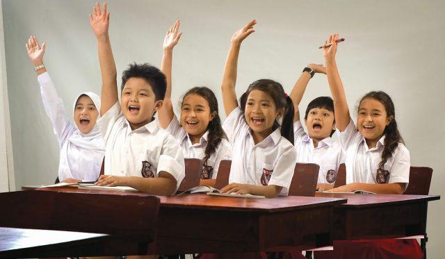 Ibu Kongsi Petua Jadikan Anak Pemalu Jadi Cemerlang Dalam Pelajaran