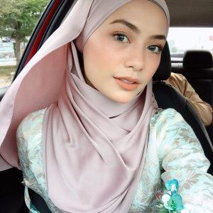 Selfie Bertudung Syafiqah Aina