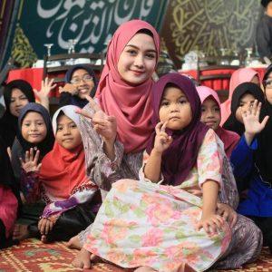 Syerinie Myra Di Majlis Bersama Kanak Kanak
