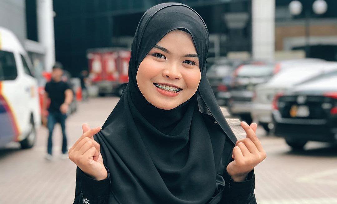 Imej Bertudung Wani Syaz Melayu Girl