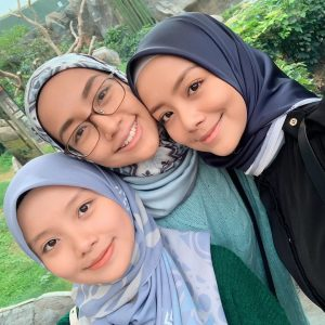 Foto Adik Beradik Mira Filzah