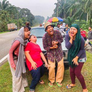 Gelagat Pelakon Drama Kampung People