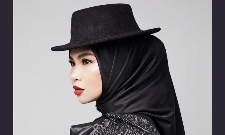 Permalink to Biodata Aina Abdul, Penyanyi & Pelakon Baru Meningkat Naik
