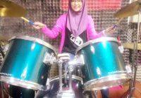 Aziera Yusri, Kakak Aiman Tino Bermain Drum