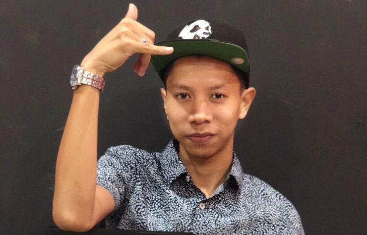 Permalink to Biodata Syahmi Sazli, Youtuber Popular Dari Kelantan