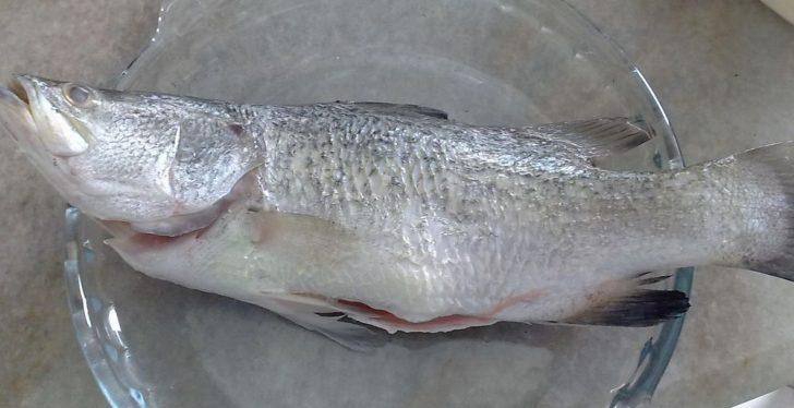 Permalink to 7 Cara Mudah Hilangkan Hanyir Ikan