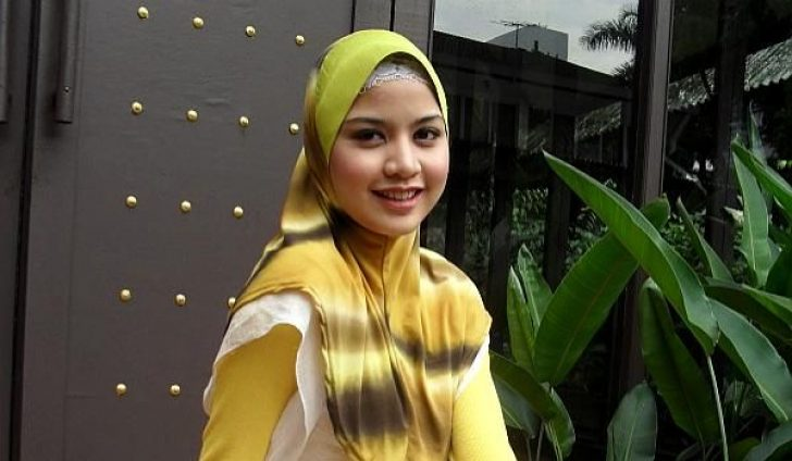 Permalink to Kenali Lisa Surihani, Malaysian Sweetheart