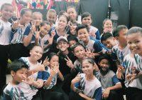 Seronok Ismail Izzani Melayan Peminat Budak Sekolah